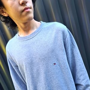 Vintage Tommy Hilfiger Upcycled Grey Sweater M